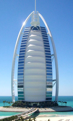 Dubai 7 star hotel burj al arab for The seven star hotel in dubai